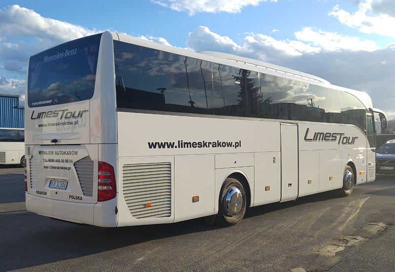<Autokar Mercedes Tourismo