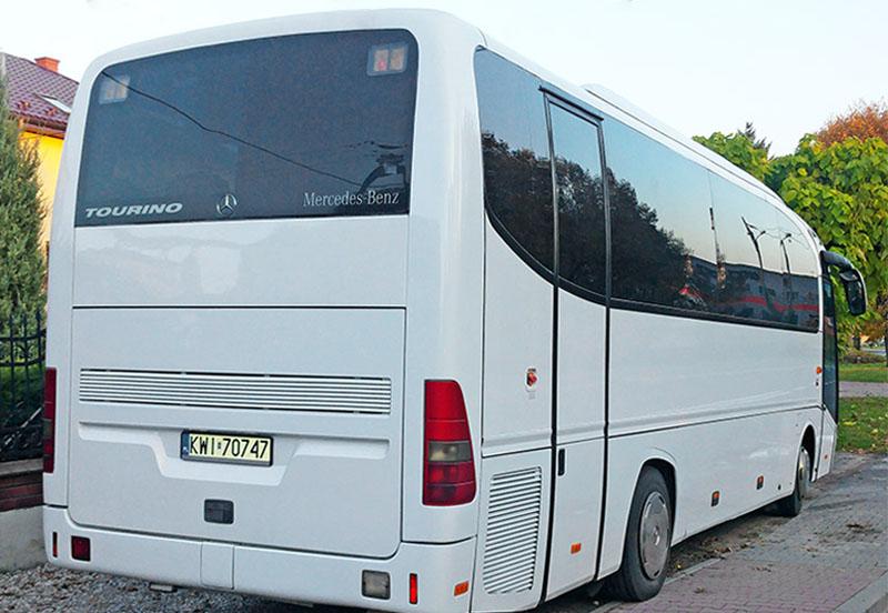 <Autokar Mercedes Tourino
